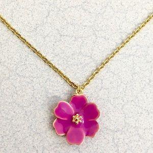 Beautiful NWOT Kate Spade Daisy pendant! 💜🌸